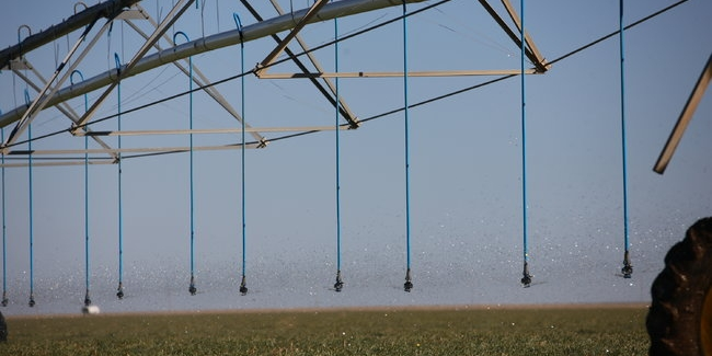 Water conservation farm irrigation system via sprinklers and pipelines